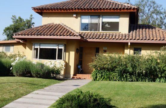 Casa en Condominio Santa Elena, Chicureo Norte.