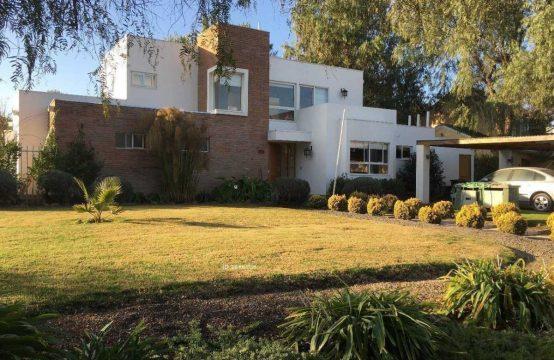 Casa en Condominio Santa Elena, Chicureo Norte
